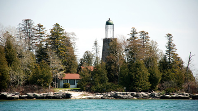 Shoreline Scenic Cruises-Sister Bay