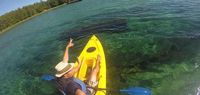Gravity Trails Kayak Tours-Paddleboard Rentals-Gem Mining