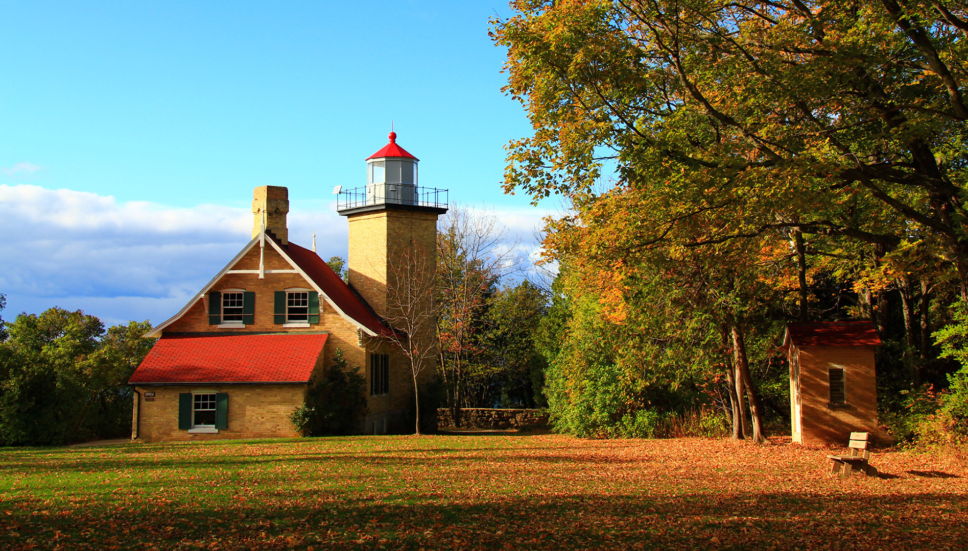 Eagle Bluff Lighthouse & Heritage Village at Big Creek