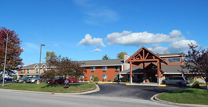 AmericInn Lodge & Suites (1)