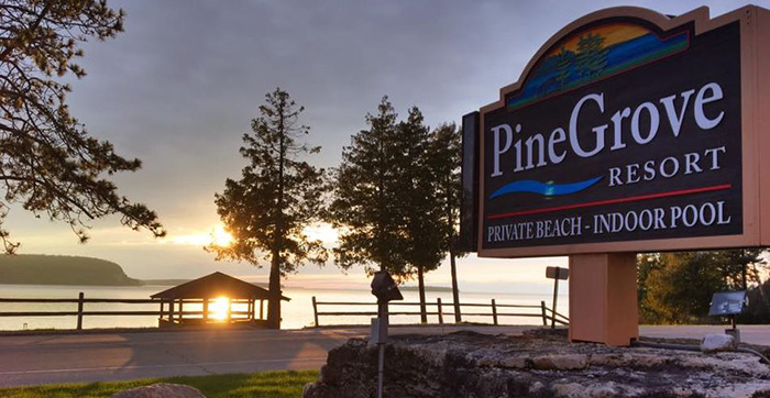 Pine Grove Resort (1)
