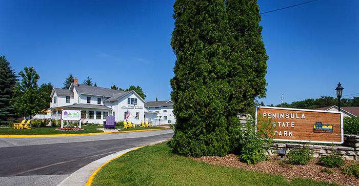 Julie's Park Cafe and Motel