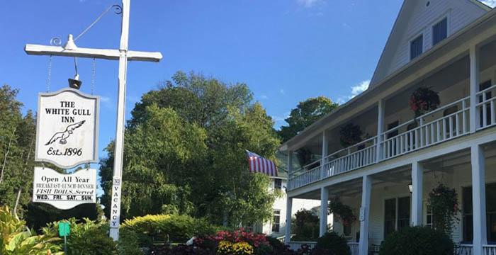 White Gull Inn