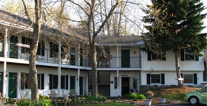 The Parkside Inn